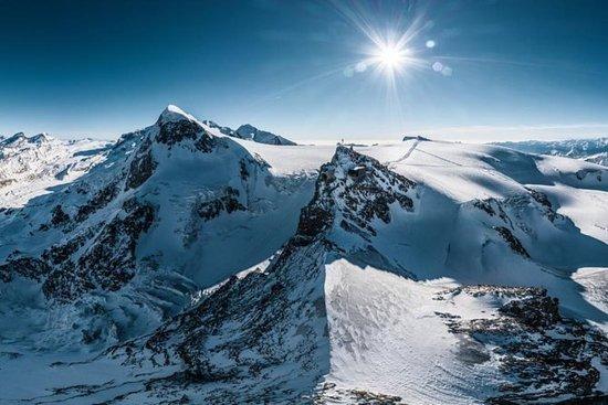 Glacier du mont Cervin: Gare de...