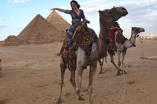 one day-trip from Hurghada to Cairo by...