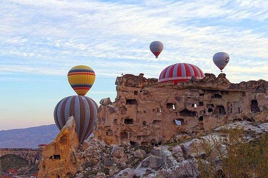 Zoom in Cappadocia (escorted with 2...