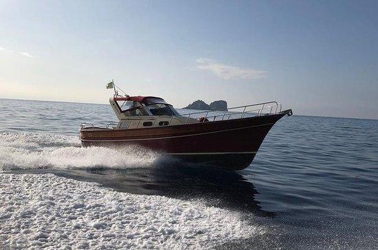 Escursione in barca privata di Capri