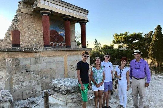 Knossos Private Guide