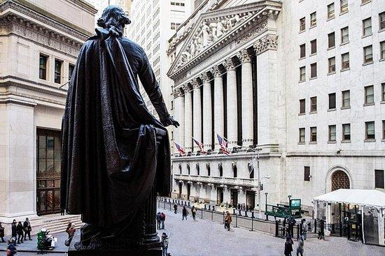 Tour a Wall Street con Statua della