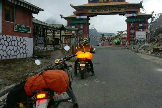 Expedição de Motocicleta Tawang