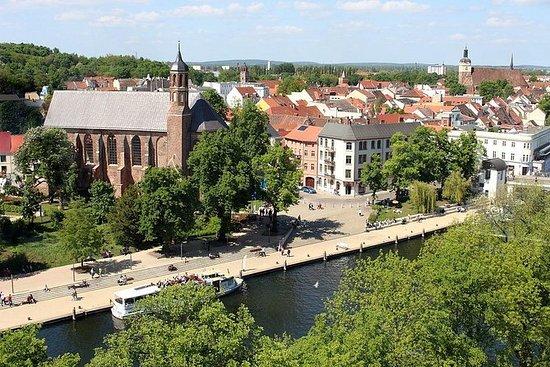 哈弗尔河畔勃兰登堡徒步游