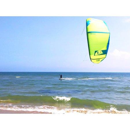 Go Kite Asia: crusing fun
