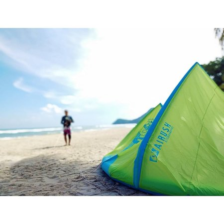 Go Kite Asia: sunny and windy