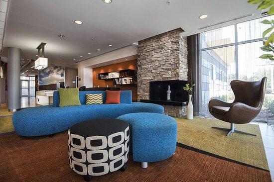 Benton, AR : Lobby