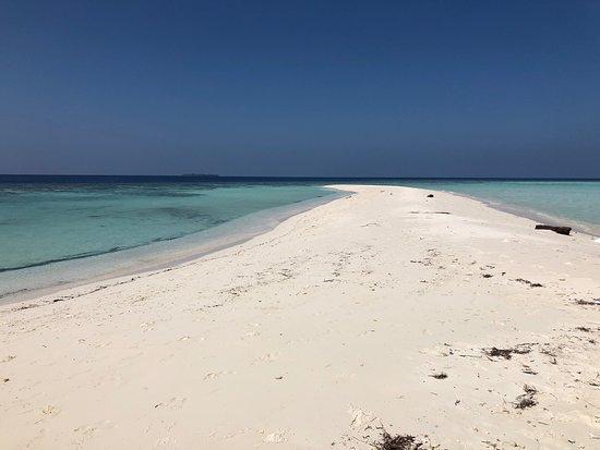 Omadhoo Island: bikini beach omadhoo