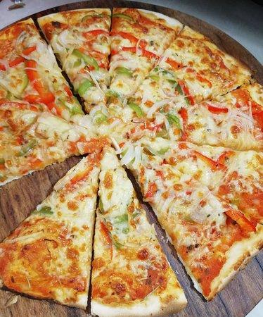 Giant pizza Margherita