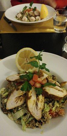 Quinoa con pollo e quinoa con gamberi e verdure