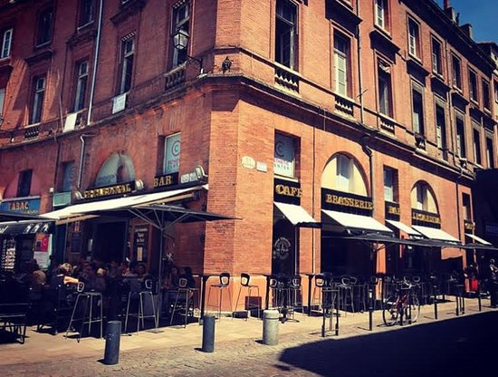 Brasserie Le Cardinal: La terrasse ensoleillée