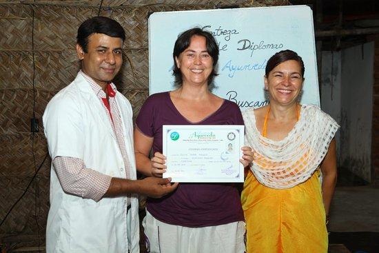 Centro Medicina Natural Generosa Flores: formación en India