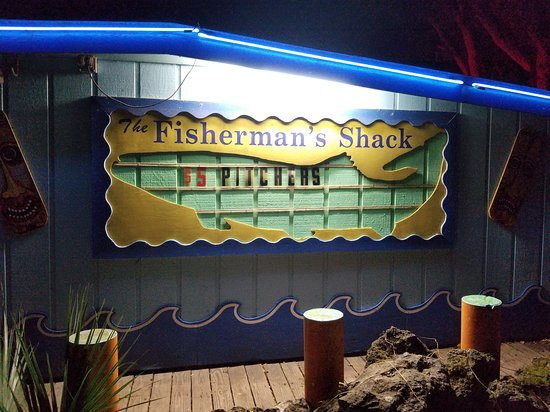 ‪‪Hudson‬, فلوريدا: Make no mistake about it, Fisherman's Shack is a dive but it is the best dive you will ever have the good fortune to discover. Great music, great waitress, great and friendly customers. AWESOME DIVE.‬