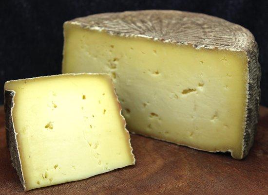 เมย์วิลล์, นิวยอร์ก: Gold Medal Tom - NYS Fair Best Artisan Cheese 2016