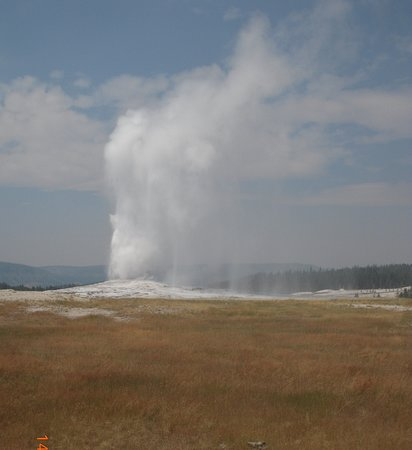 Yellowstone National Park, WY: Yellowstone: Old Faithfull Geyser