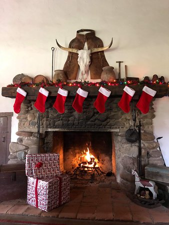 As a winter ranch our guests enjoy celebrating Thanksgiving and Christmas the old fashioned way.