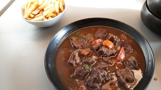 Sonian: The real flemish stew with Belgian frites