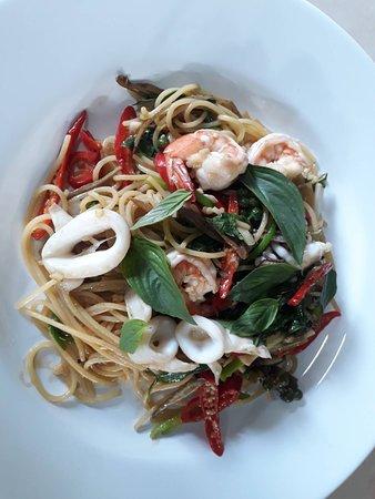 spaghetti seafood 2