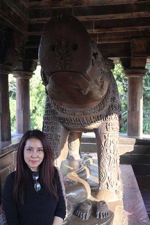 Khajuraho, India: varaha temple