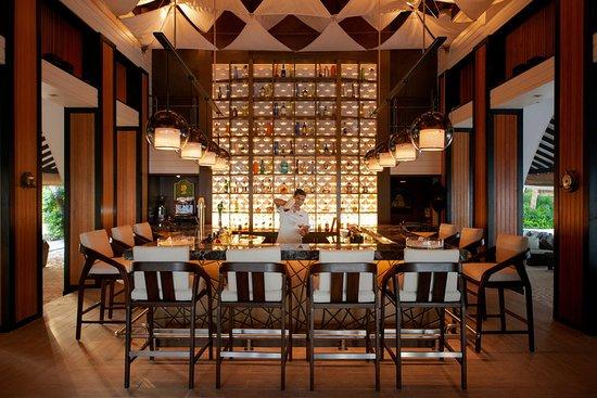 Baros Island: Bar/Lounge