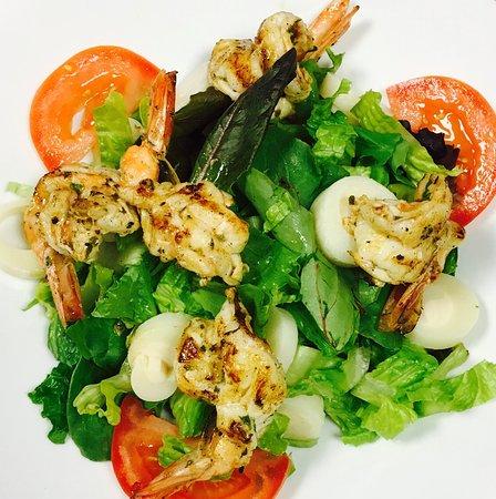 Grilled shrimp salad for lunch