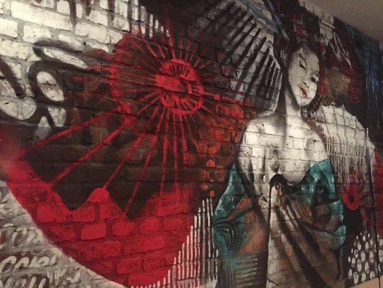 Moderne Japanische Kunst Im Zen In Der Aachener Straße In Köln