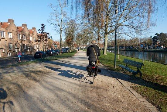 Quasimundo Cycle Tours, Bruges