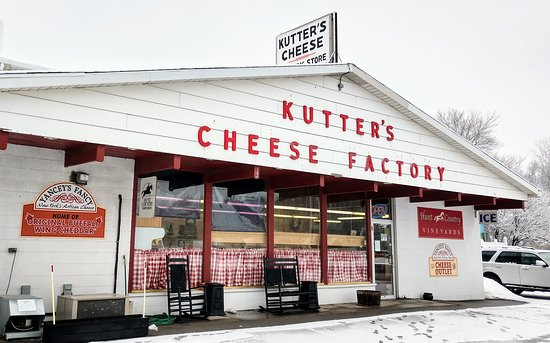 ‪Kutter's Cheese Factory Store‬