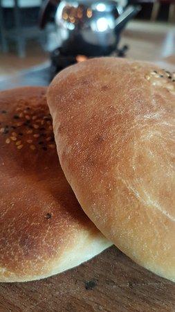 Sıcacık ekmek