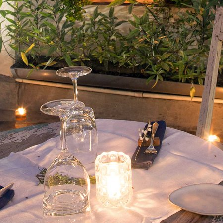 A table for romance in our garden