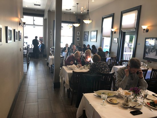 View Of The Restaurant At 12 45pm About 10 Tables In All