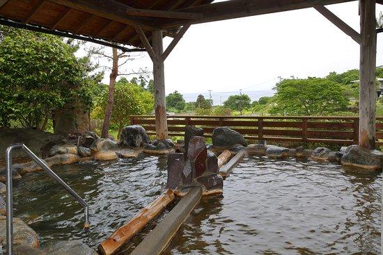Ogaonsen Yuinoyado Bettei Tsubaki : 男性大浴場「錦の湯」露天風呂