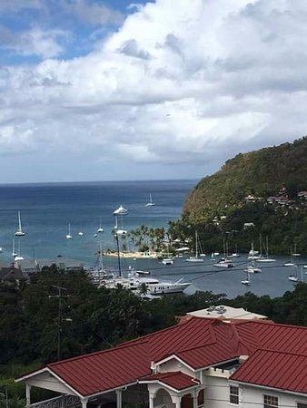 Jan's Waterfront Taxi and Tours : Marigot Bay