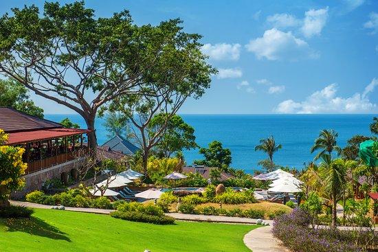 Camia Resort & Spa