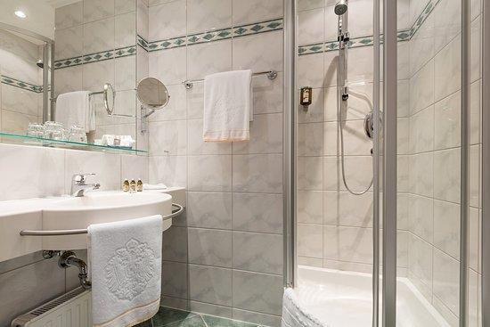 Hotel Kaiserhof Wien: KAISERHOF Einzelzimmer - Badezimmer