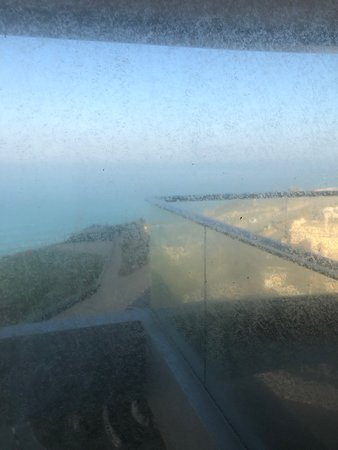 Ramada Hotel & Suites by Wyndham Netanya: View from the room with the windows closed