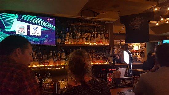 Piano Man Story bar : Bar area.