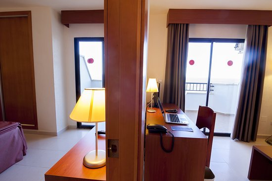 Hotel Playas De Torrevieja: Familiar / Junior Suite