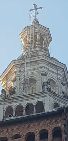 Palazzo Broletto: IL DUOMO FOTO SCATTATA DAL CORTILE BROLETTO.