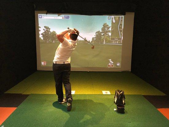 St Andrews Indoor Golf Centre