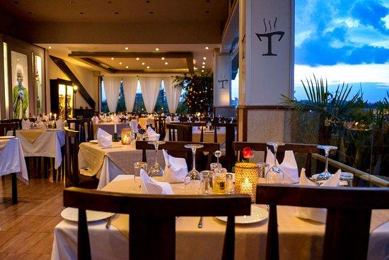 La Terrazza Italian Restaurant Lounge Art Gallery