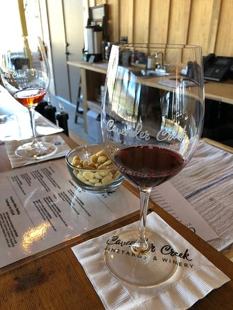 Wine tasting at Cavender Creek on a Thursday afternoon in January