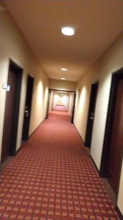 Fort Irwin, CA: Hallways smell of body odor.