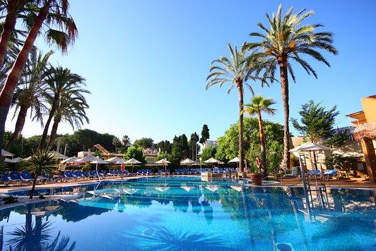 VALENTIN REINA PAGUERA - Updated 2020 Prices, Hotel ...
