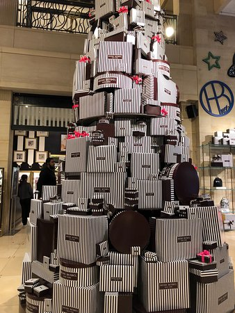 Henri Bendel (New York City) - 2019 All You Need to Know BEFORE You ...
