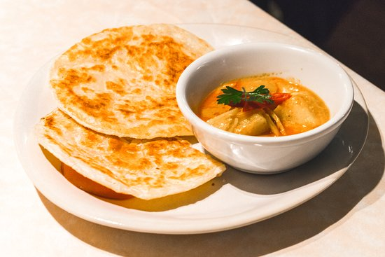 ROTI CANAI 2 Paratha with curry potatoes sauce