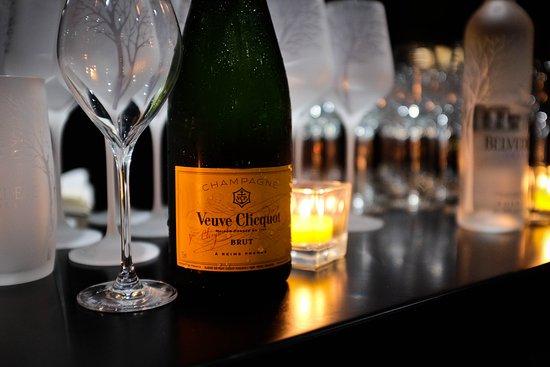 Veuve Clicquot Official Partner