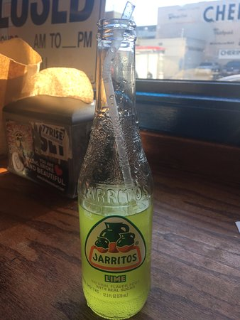 Taqueria El Buen Sabor: Lime soft drink with lunch.