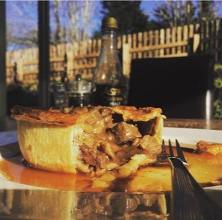 The Red Lion Pub & Dining Cranford: Choice of fillings in our hand made pies.