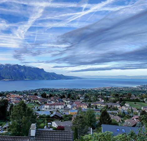 Blonay, Suisse : What an incredible view